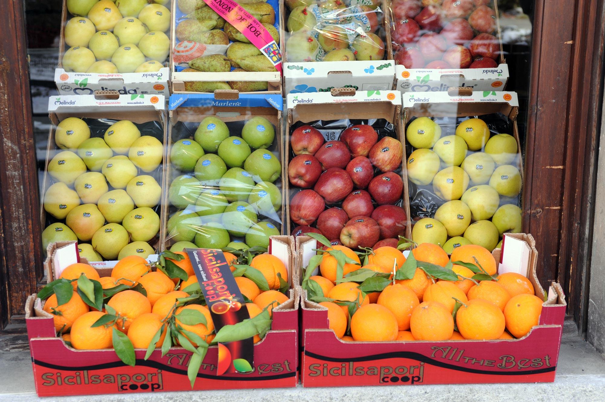 Alpifrutta, servizio di vendita all'ingrosso